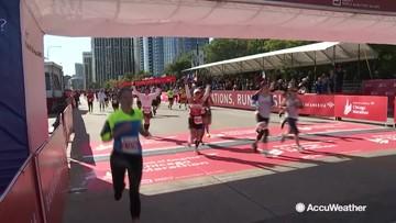 Marathon runners push through to the end