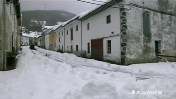 Snow brings parts of Spain to a standstill