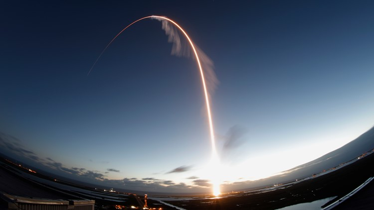 Boeing Crew Capsule time exposure launch December 20 19