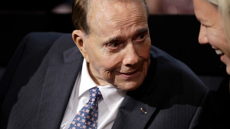 Former US Senator Bob Dole diagnosed with stage 4 lung cancer