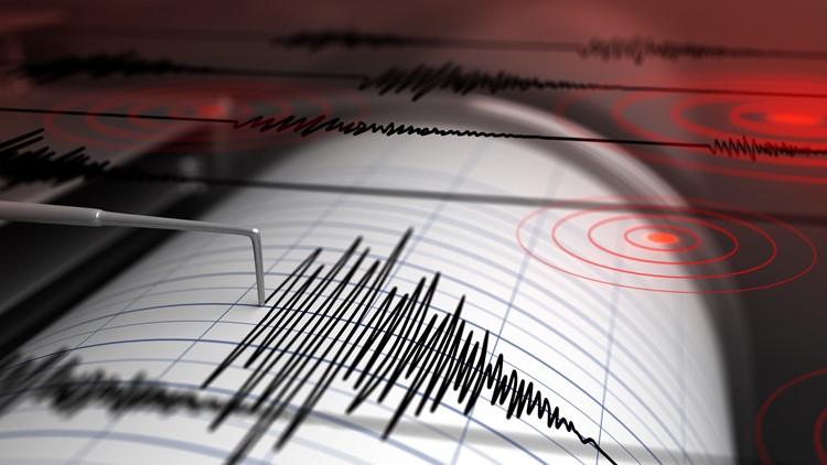 Alaska 8.2 earthquake produces prolonged shaking, small tsunami