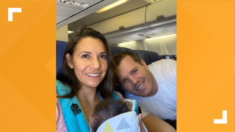Couple impromptu baby shower Southwest airlines