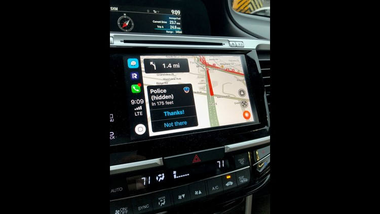 Review: A few bumps, but Waze and Apple CarPlay steer you in