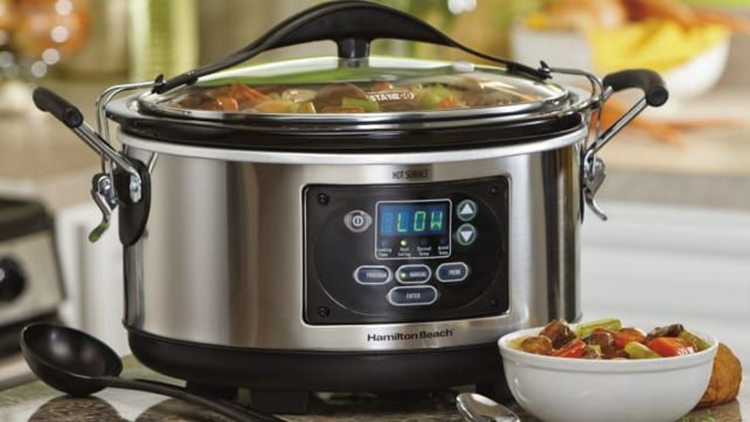 best-gifts-for-runners-2018-hamilton-beach-six-quart-slow-cooker.png