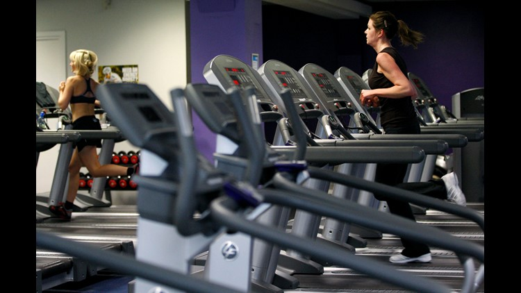 Federal government announces new physical fitness guidelines; fewer than one in three Americans meet standards