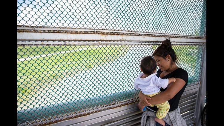 636657230387538926-asylum-us-mexico-border-2.jpg
