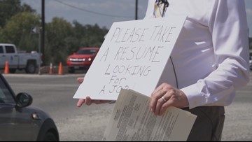 Man gets job offer after handing out resumes on the street