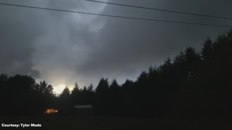Tornado spotted in Southwest Washington Monday night
