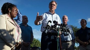 Oregon Senator Jeff Merkley to file lawsuit to stop Kavanaugh vote
