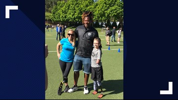 Seahawks Shaquem Griffin surprises Oregon boy with new running prosthetic