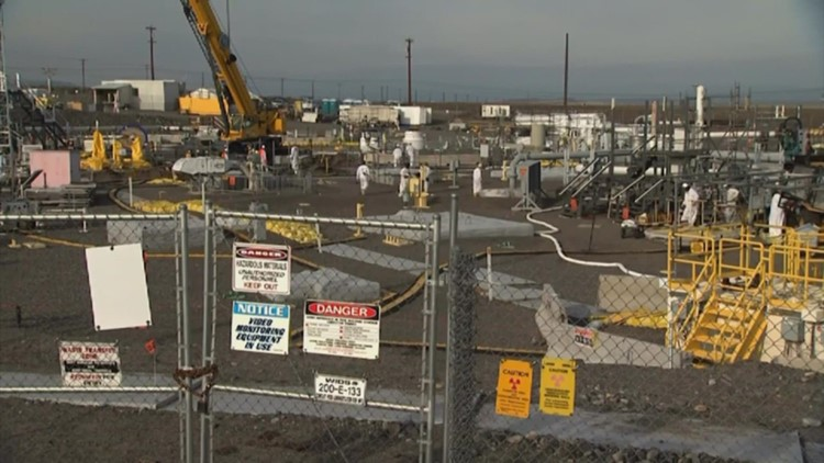 Odors prompt shelter-in-place order for workers at Hanford nuclear site
