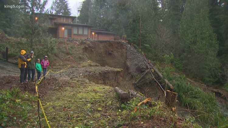 Issaquah home teeters at edge of encroaching landslide