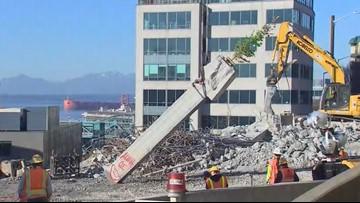 Final piece of Seattle viaduct demolished