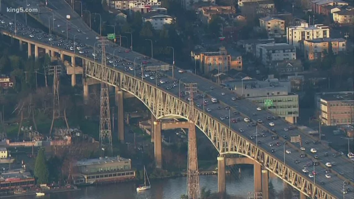 "No massive traffic snags during first week of ""Seattle Squeeze"""