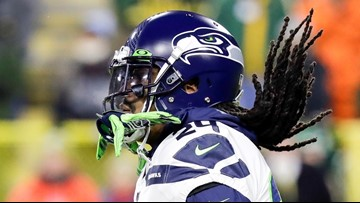'Take care of y'all chicken': Marshawn Lynch gives postseason press conference
