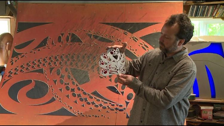 Indianola carver helps make Seattle Kraken public art