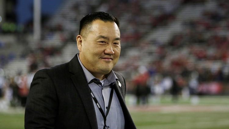 Washington State extends AD Pat Chun through 2026