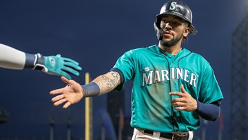 Crawford's walk off hit wins it for Mariners in the 9th