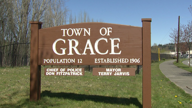 Washington's smallest town has a population of 12, but a lot of humor