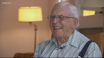 92-year-old WWII veteran in Lacey continues to serve his community
