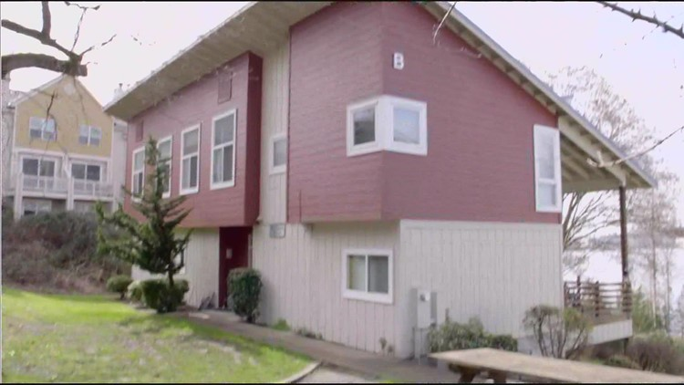 Foster family told to vacate Renton home to make room for migrant children