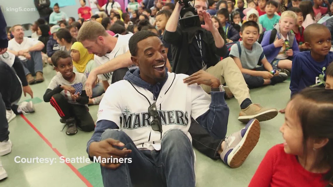 Mariners' Dee Gordon honored with 'Hutch Award'