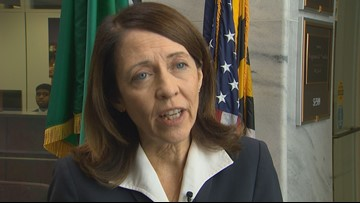 Cantwell questions Boeing CEO about 737 MAX software failure