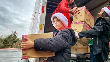 Kitsap County kid plays Santa for thousands of hospitalized children - 12 Under 12