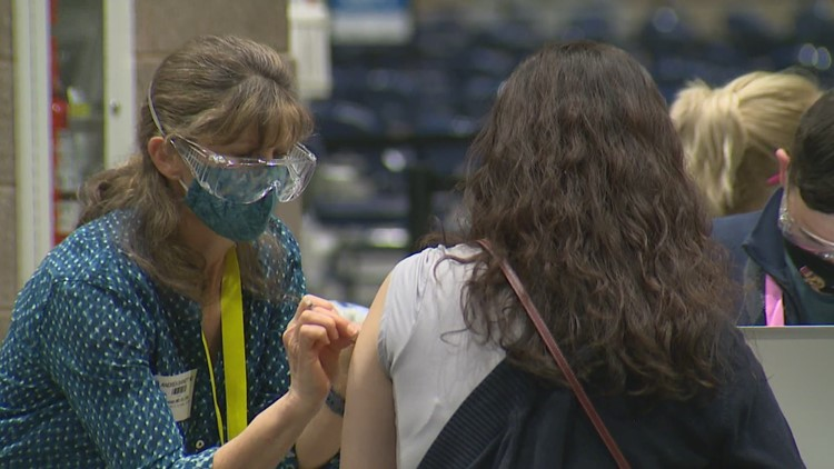 Washington supply of COVID-19 vaccines drop as demand goes up