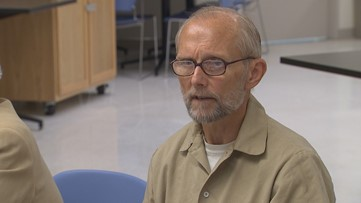 Man convicted of 1980 SeaTac murders pleads to be released from prison