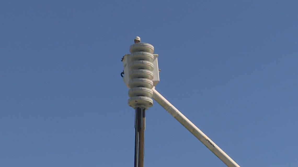 Tsunami warning siren installed in Edmonds, one of many across western Washington