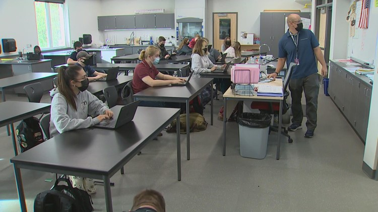 Stanwood School District uses technology to help students prepare for earthquakes