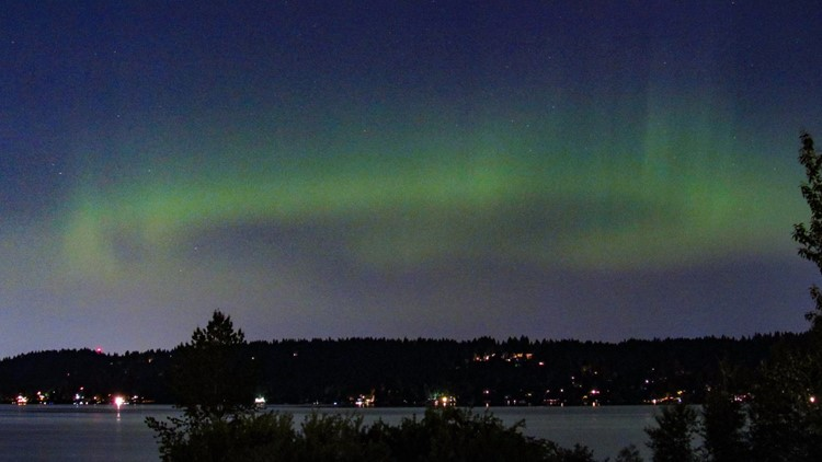 Look up! Northern Lights visible in Washington Wednesday night