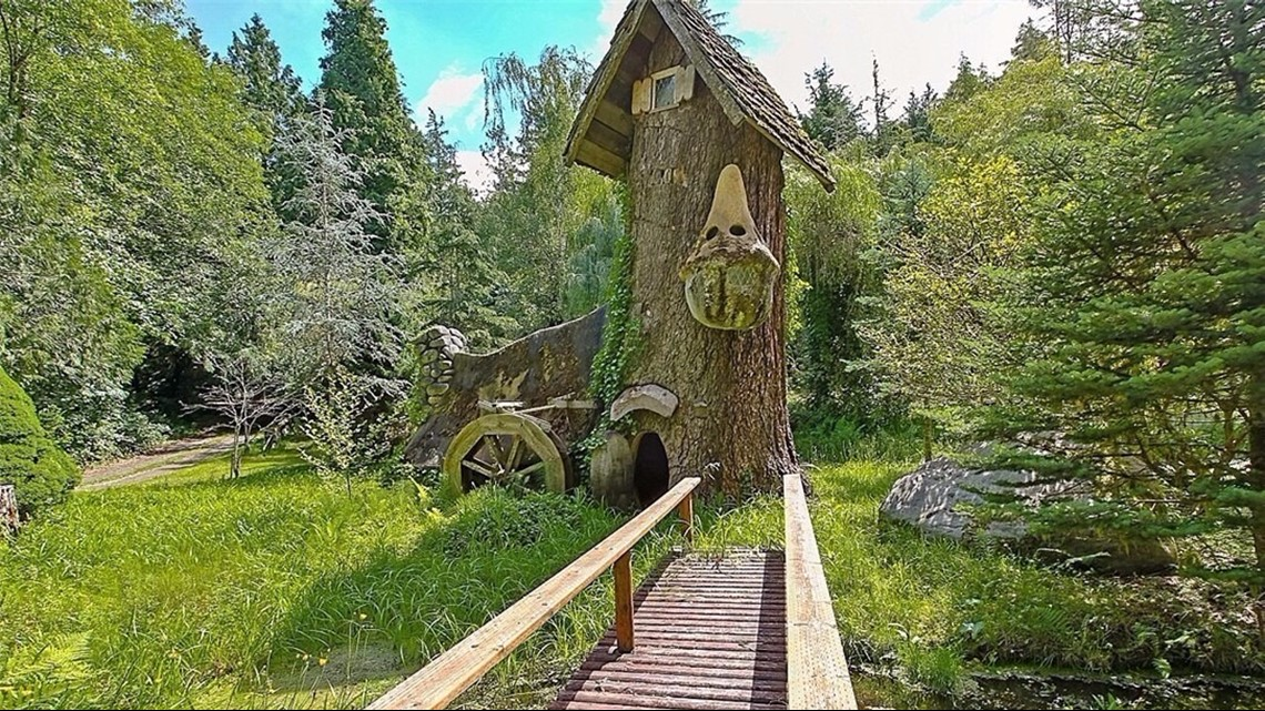 Snow White' cottage for sale in Kitsap County | king5 com