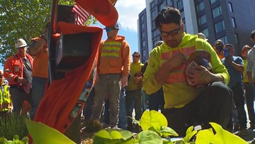 Seattle crane collapse victims honored by construction workers