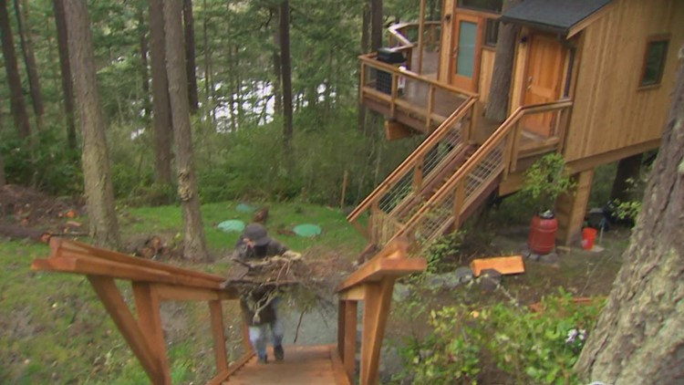Whidbey Island residents take precautions against wildfire under national program