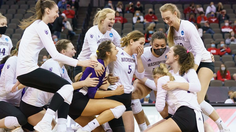 Washington Huskies women's volleyball advance to Final Four