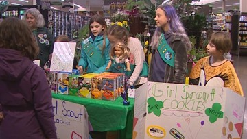 Girl Scouts back selling cookies after theft outside Seattle QFC