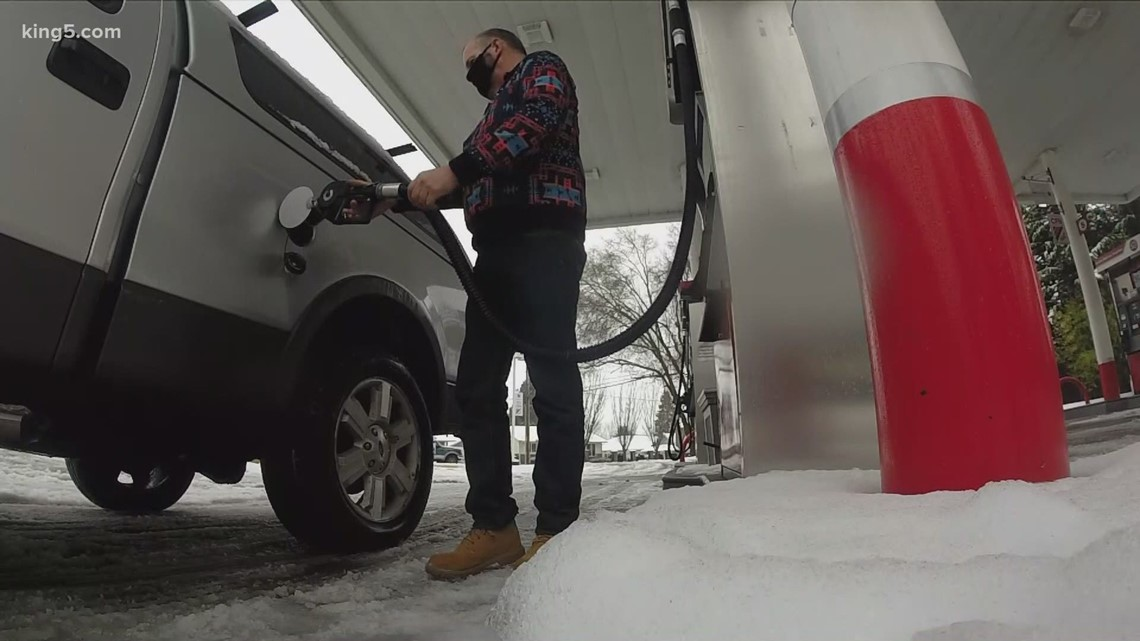 KING 5 poll: Majority disapprove of proposed Washington gas tax hike