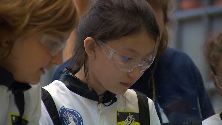 Student robotics competition at UW celebrates Apollo 11 anniversary