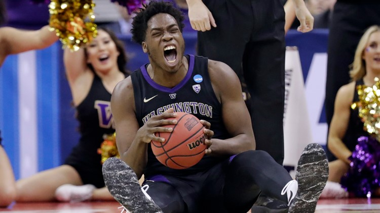 UW ousts Utah State 78-61 in first round of NCAA Tournament