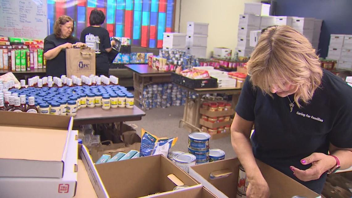Volunteer program helps Redmond families in need of food