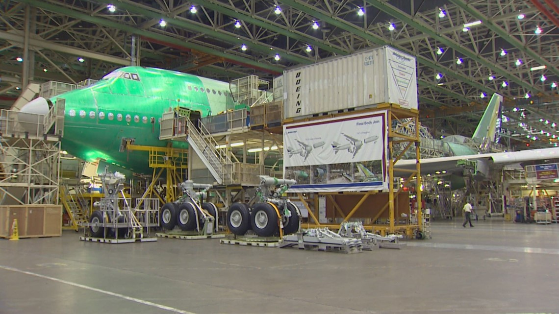 Boeing posts $537 million loss in Q1, more than analysts expected
