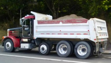 Legislator wants to hear from Washington drivers about secure your load law