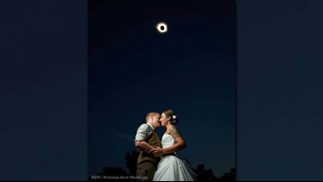 Military couple married under eclipse, capture breathtaking photo