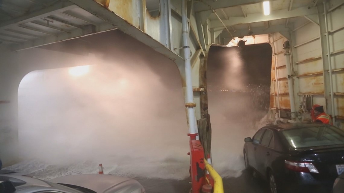 WATCH: Wild ferry ride across Puget Sound during Friday's windstorm
