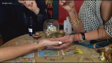 Tacoma psychic foretells the future for Team Evening - Field Trip Friday - KING 5 Evening
