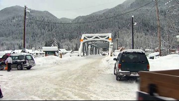 US 2 fully reopens over Stevens Pass after days of heavy snowfall