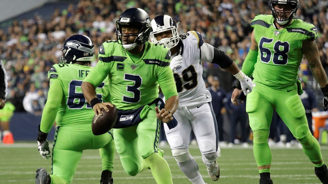Seahawks visit Rams for rematch with playoff hopes on line