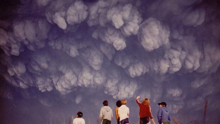 Teen captured incredible photos of Mount St. Helens ash after 1980 eruption
